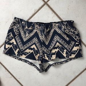 Navy and Creme Aztec short